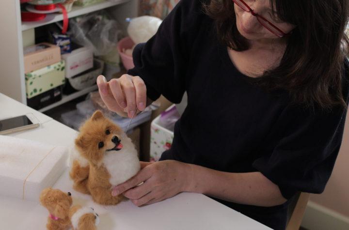 อาชีพการทำตุ๊กตาใยขนแกะ
