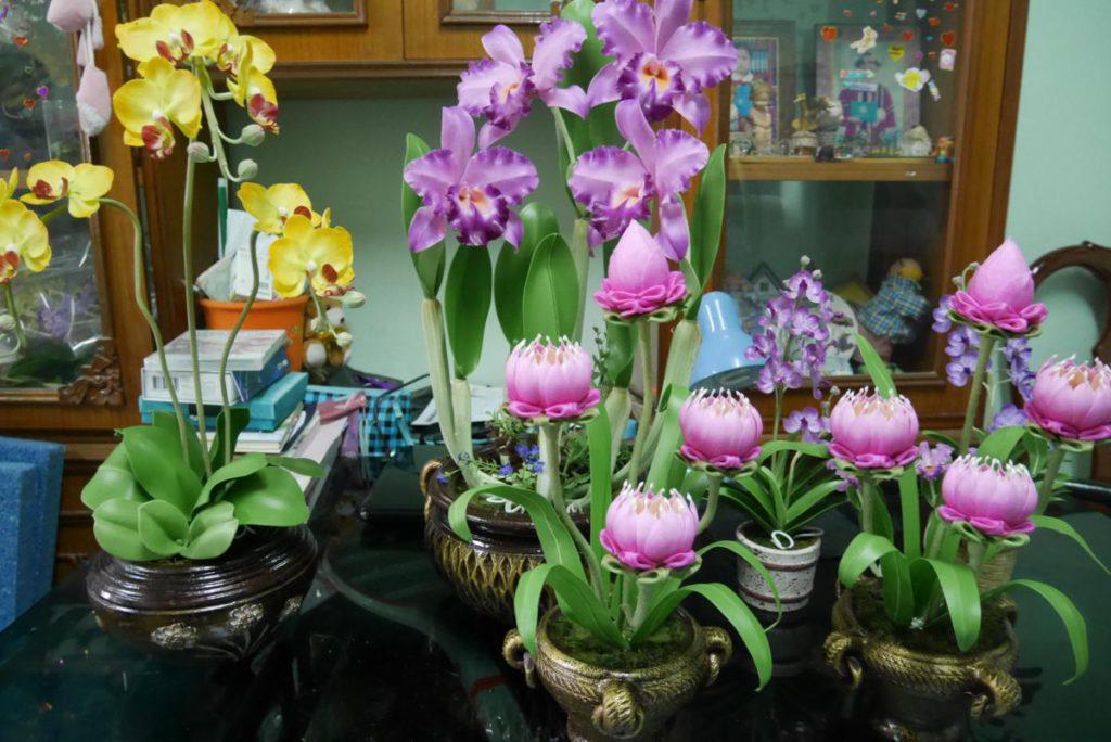 อาชีพทำดอกไม้ประดิษฐ์