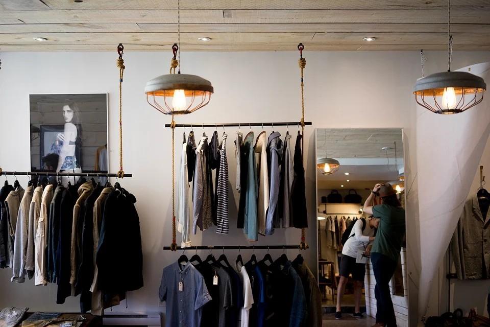 หากลุ่มเป้าหมาย -เทคนิคการขายเสื้อผ้ามือสอง