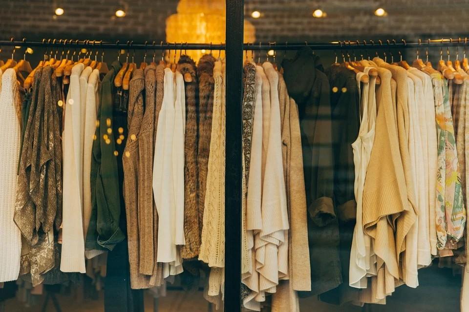 เทคนิคการขายเสื้อผ้ามือสอง - ถ่ายภาพให้ดูน่าสนใจ