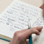 เข้าใจตัวตนที่แท้จริง จากลักษณะการเขียนตัวหนังสือลายมือบอกได้